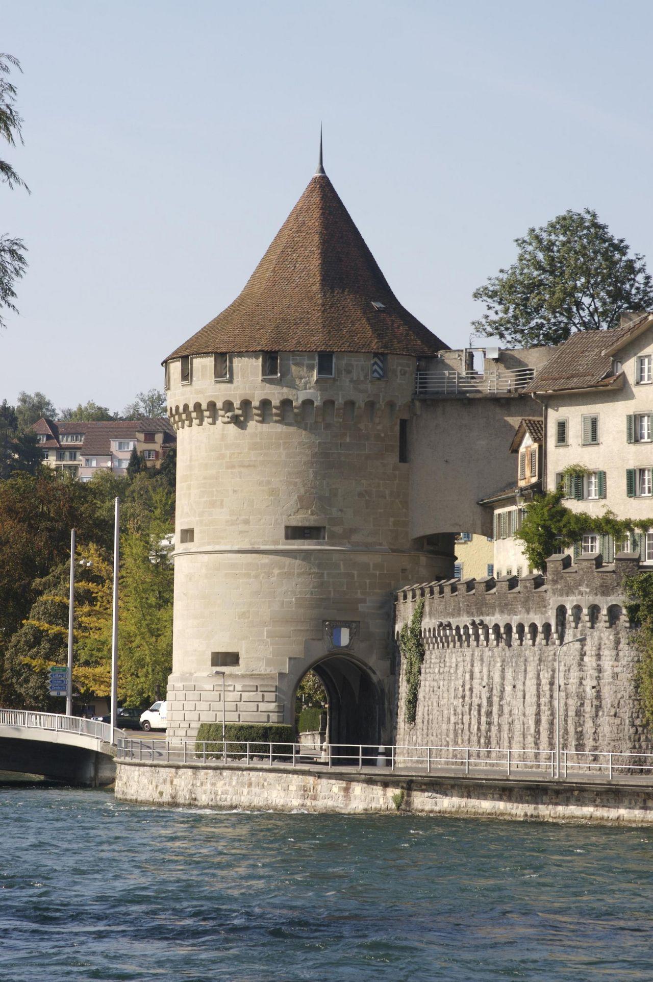 Nölli Tower