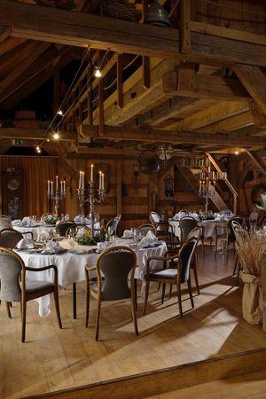 Alexander Gerbi Hotels - Winterliches Menü auf dem Heustock