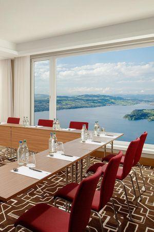 Hybrid events at the Bürgenstock Resort Lake Lucerne
