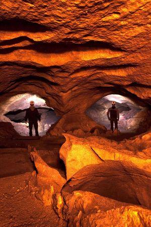 Hölloch - Gigantisches Höhlensystem