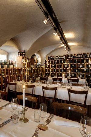 Vinothek Restaurant Opus