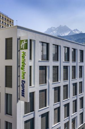 Opening Holiday Inn Express Kriens