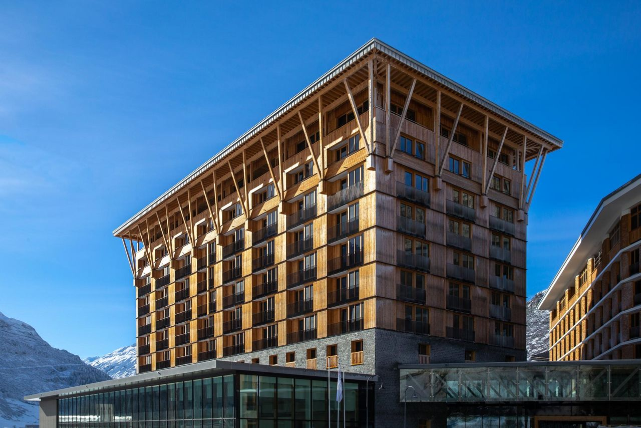 New opening Radisson Blu Hotel Reussen, Andermatt