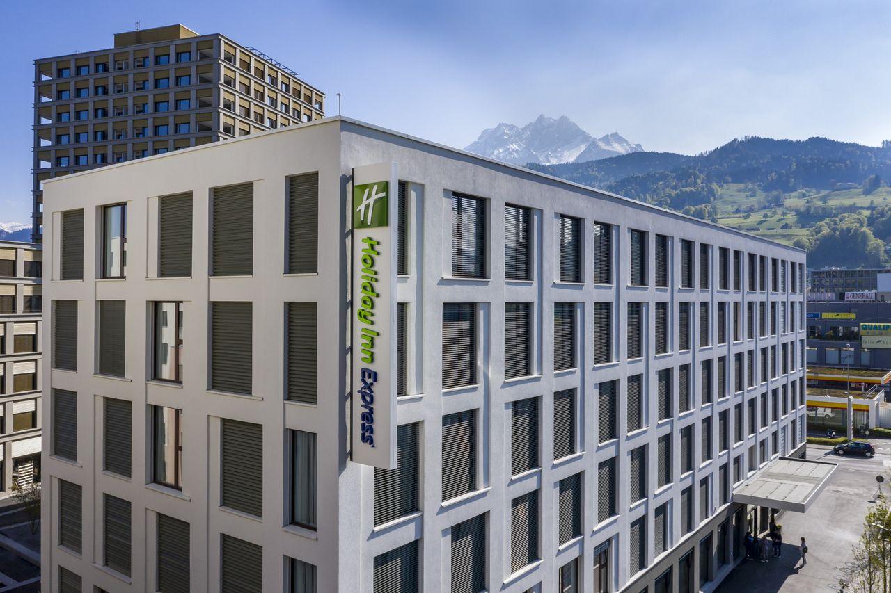 Holiday Inn Express Luzern - Kriens***