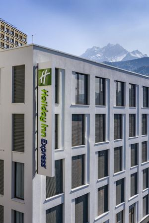 Holiday Inn Express Luzern***