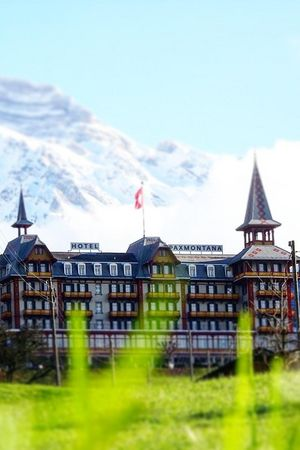 Hybridevent in the historic Hotel Paxmontana